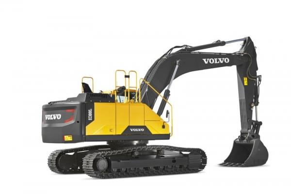 מחפר וולוו EC300E