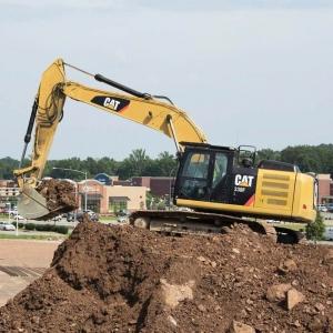 מחפר קטרפילר 330F