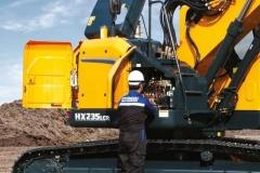 מחפר יונדאי HX235LCR