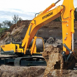 מחפר יונדאי R330LC-9S