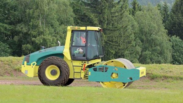 מכבש ויברציוני AMMANN ASC 170 Tier 4i