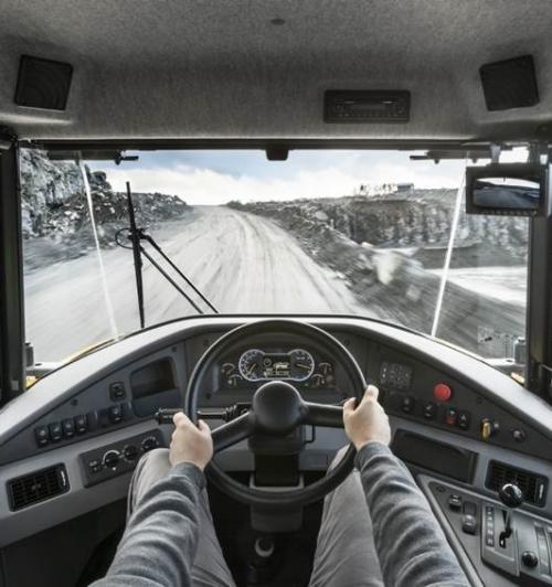 משאית פירקית וולוו A25G