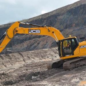 מחפר JCB 220X SC