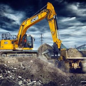 מחפר JCB 220X LC