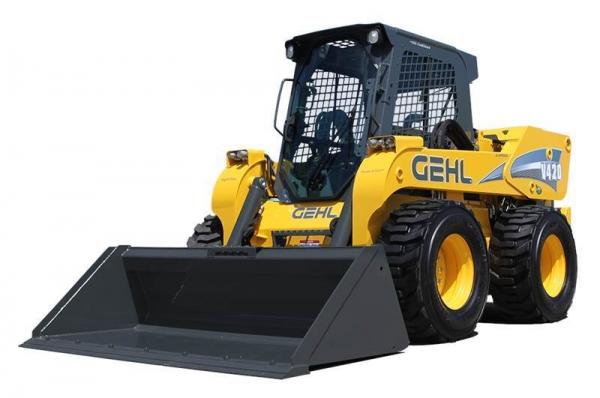מיני מעמיס GEHL V420