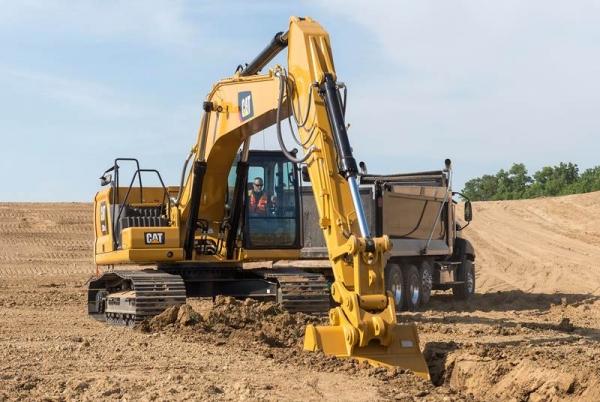 מחפר קטרפילר 330 GC